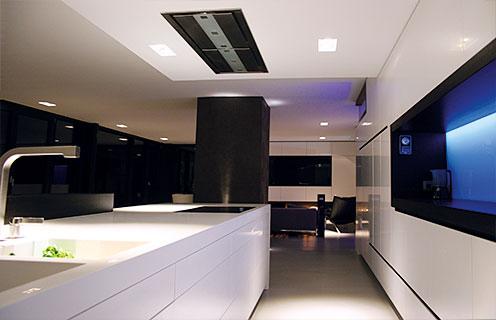 Morasch schreinerwerkstatte individuelle kuche 01 for Küchen h ngeschrank beleuchtung